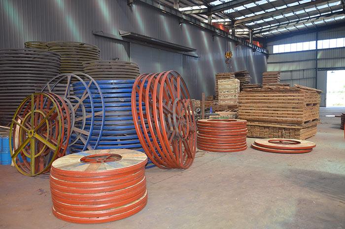 电缆轴盘生产车间3